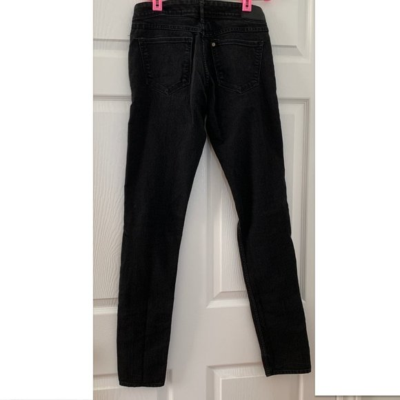H and M black low rise skinny jeans TALL / LONG